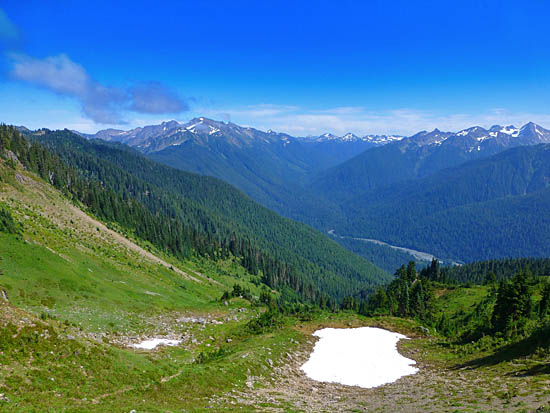 View over the Hoh River Valley on the descent to Hoh Lake
