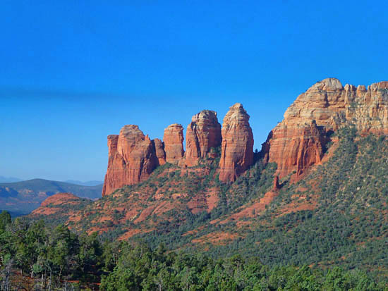 The Brins Mesa - Soldiers Pass Loop showcases Sedona's iconic rock formations
